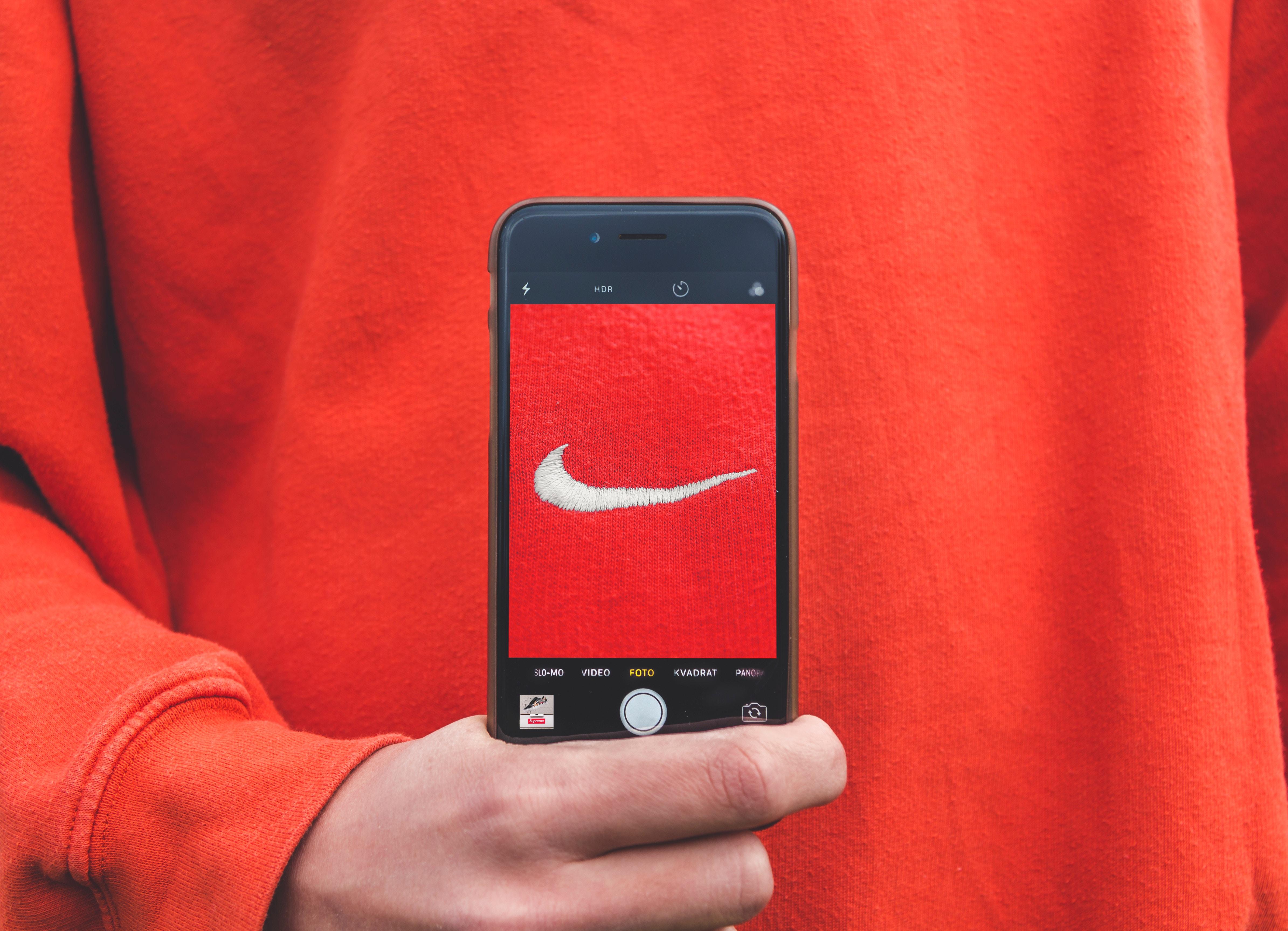 Facebook live - create brand awareness