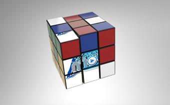 شعار مكعب روبيكس الملهم