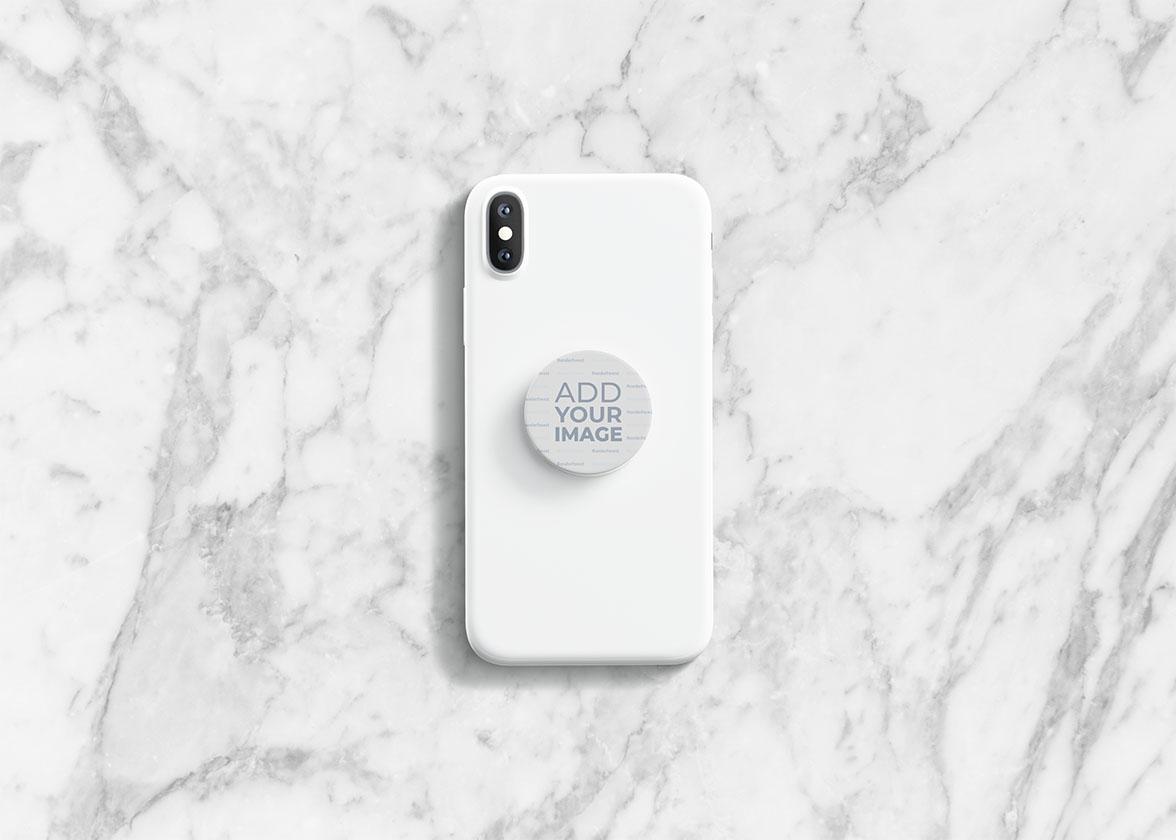 Gefaltete PopSockets auf einem Smartphone