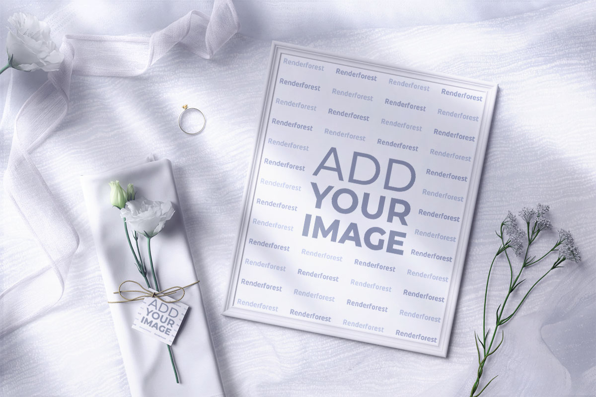 写真たて、結婚指輪と花