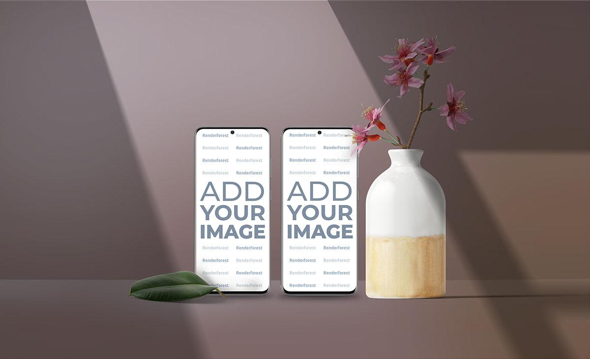 Два смартфона Samsung Galaxy S20, ваза с цветами
