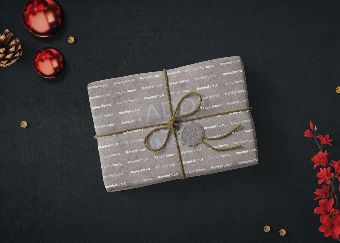 Новогодняя подарочная коробка с бантом