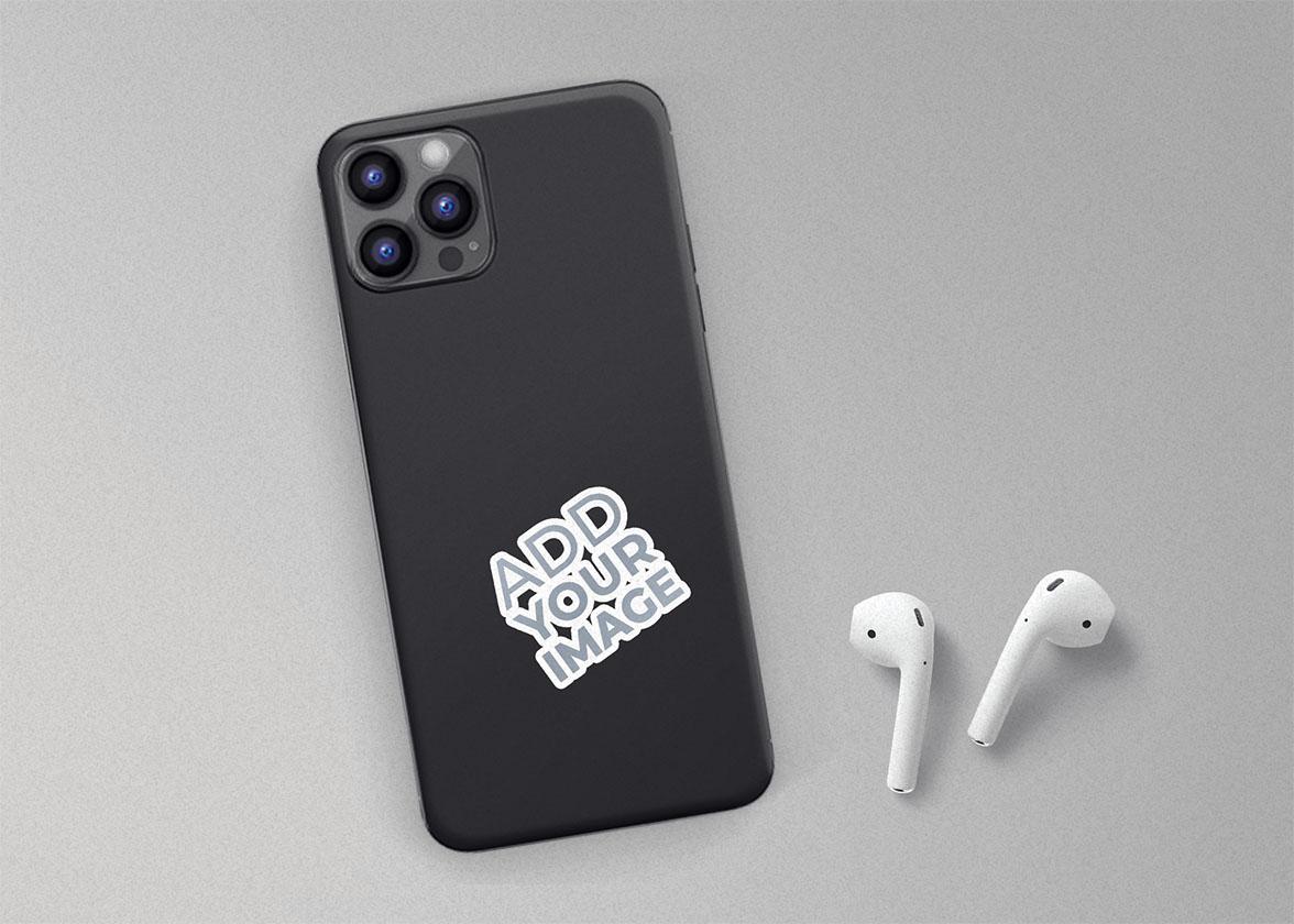 Adesivo em uma Capa de Iphone com Airpods