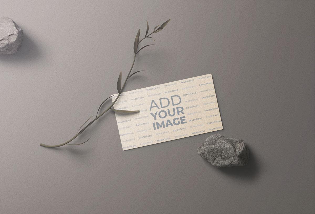 بطاقة عمل بالحجارة والنبات