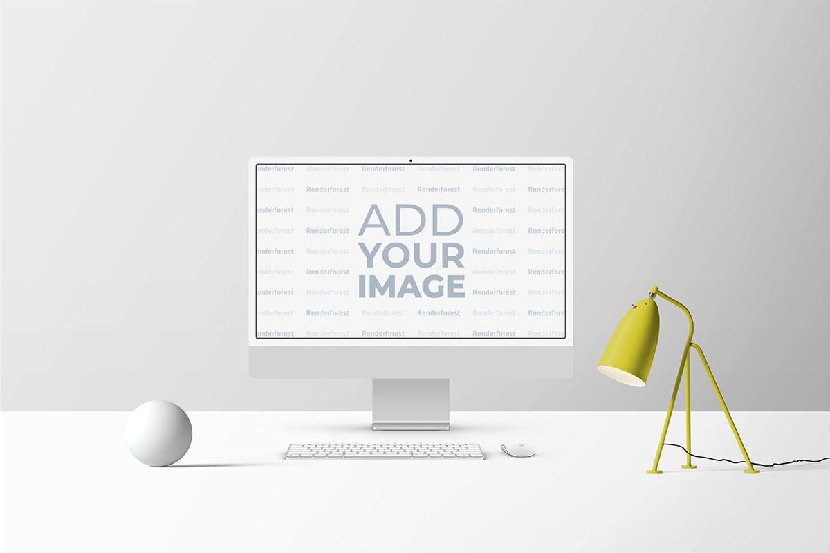 Espaço de Trabalho iMac com Abajur e Itens de Decoração