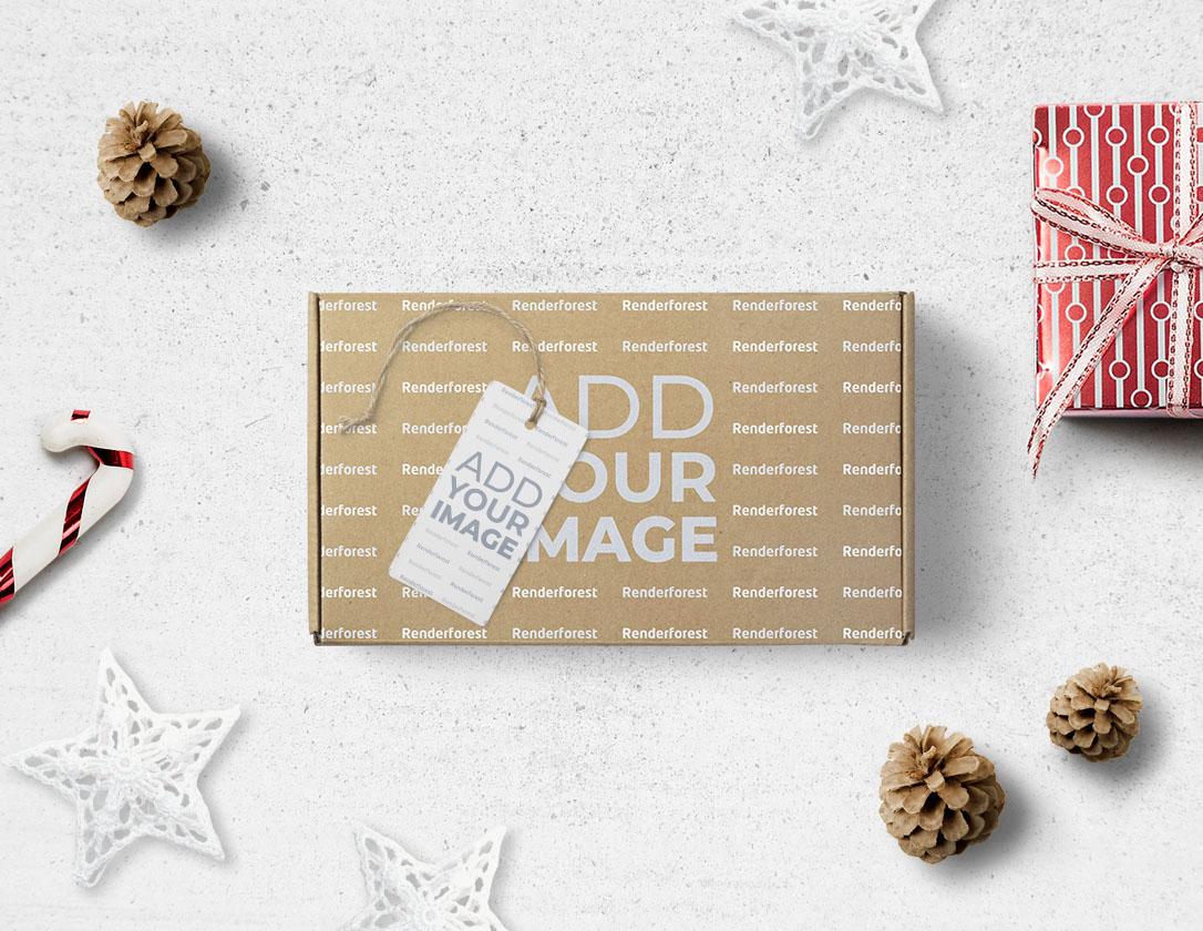 Картонная Коробка с Новогодними Подарками