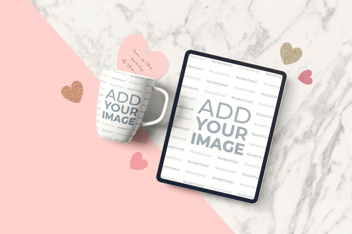 Sevgililer Günü Arka Planı Üzerinde Tablet ve Fincan