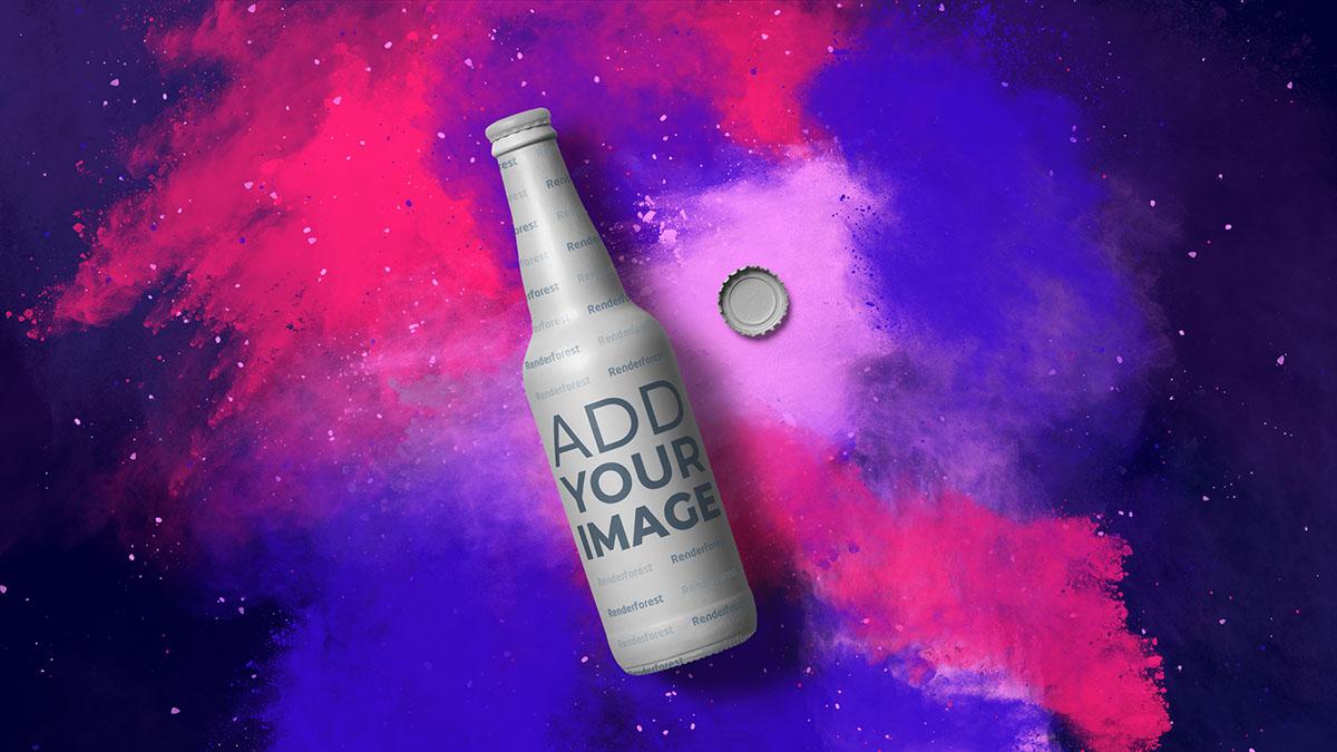 Limonadenflasche vor farbenfrohem, rauchigem Hintergrund